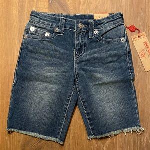 New w/tags True Religion shorts boys